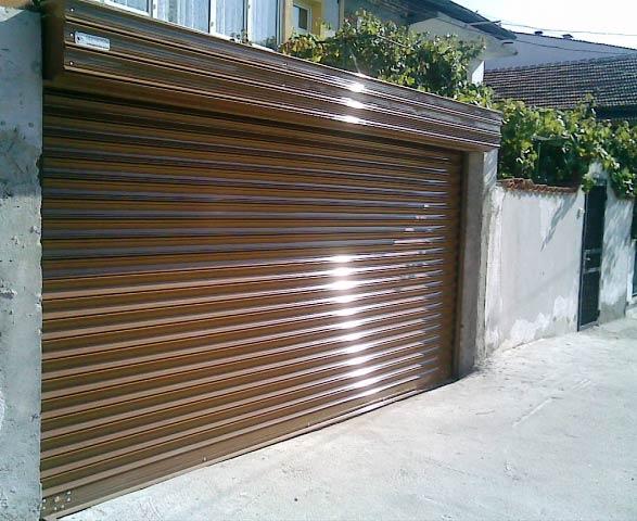 Ролетните гаражни врати