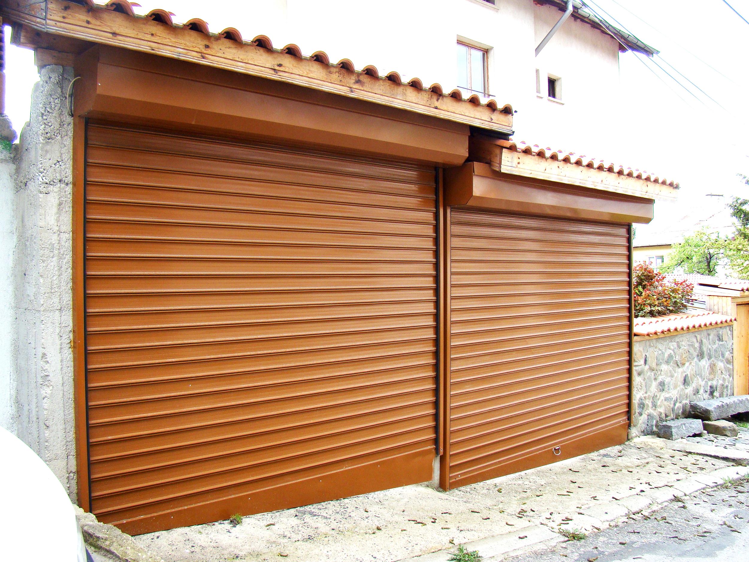 Стоманена или алуминиева ролетна врата